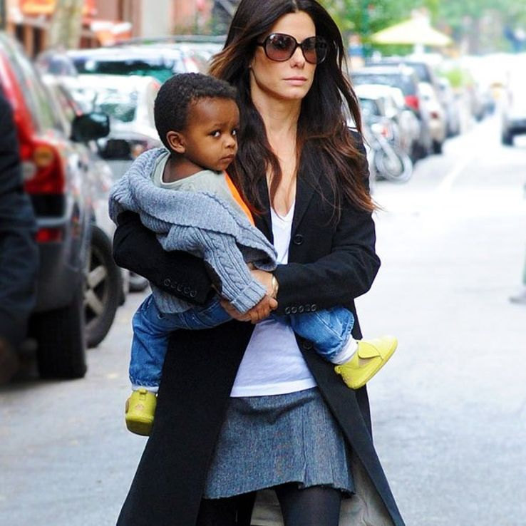 10 Celebrity Moms Who Are Anti-Instagram | Moms